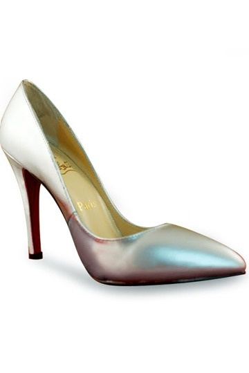 simple silver pointed toe heel