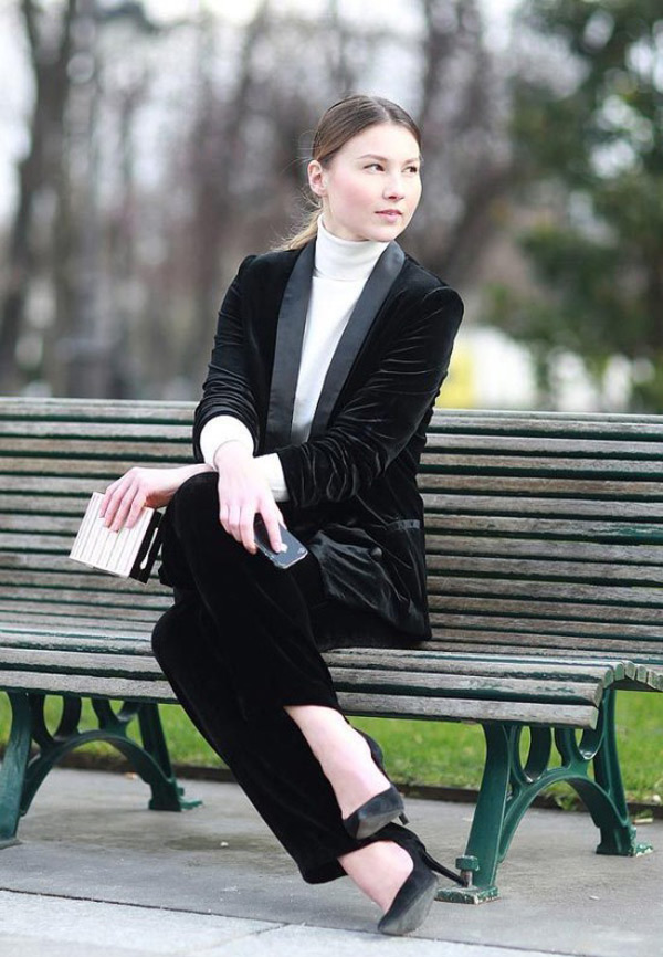 black-suit-for-women
