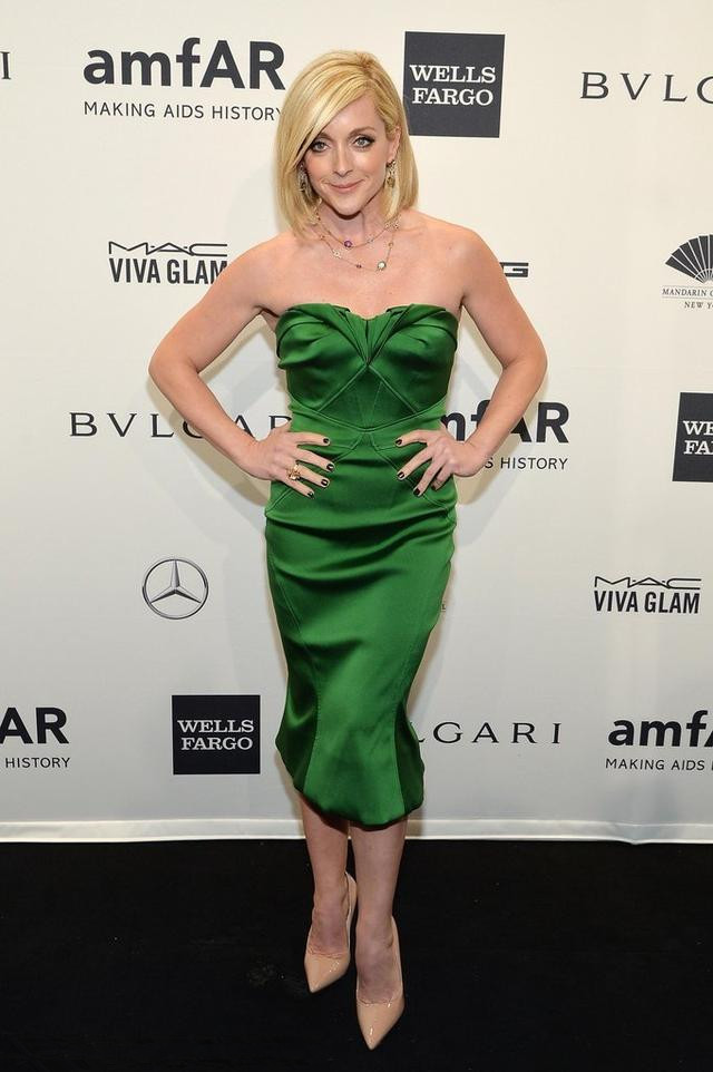 Jane Krakowski's green ankle length evening dress
