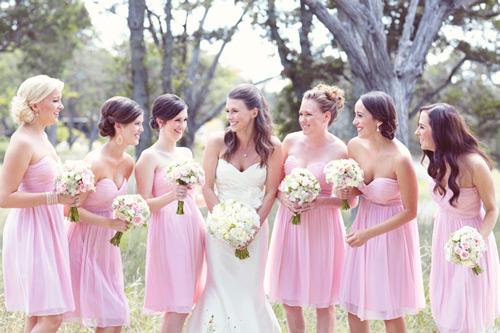 knee-length-Bridesmaid-Dresses-UK