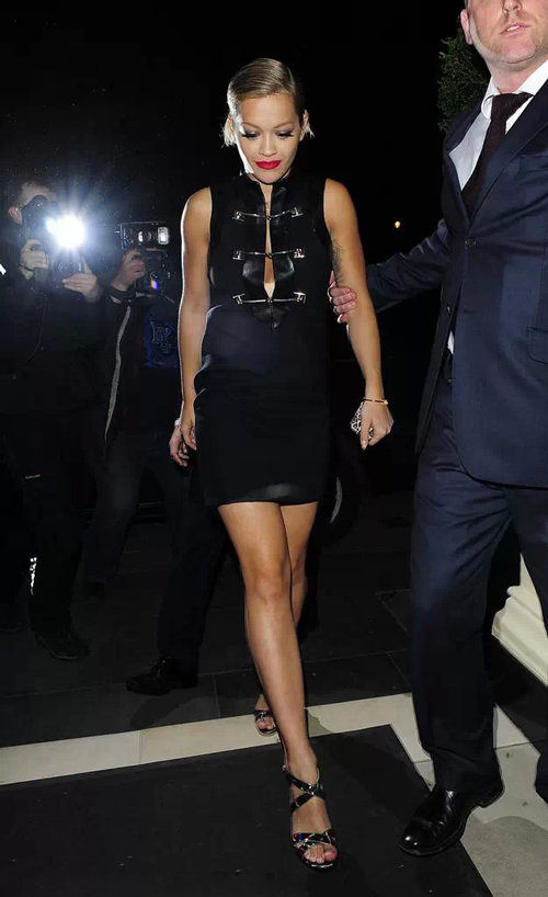 Rita-Ora-little-black-dress