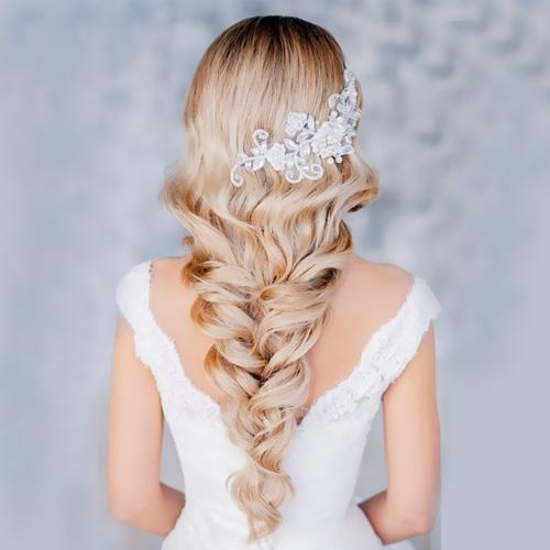treccia-capelli-lunghi-tendenze-primavera-estate-2014-acconciature-da-sposa