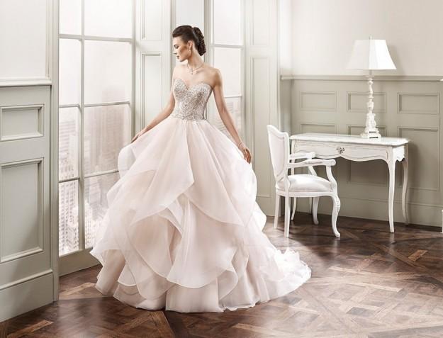 elegante-y-moderno-vestido-de-novia-eddy-k