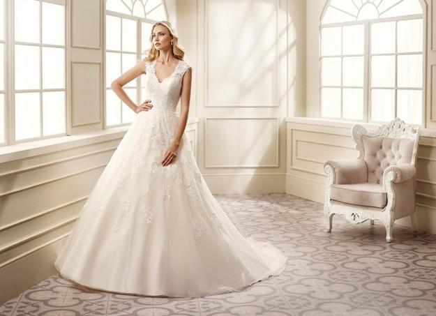 vestido-de-corte-clasico-y-elegante