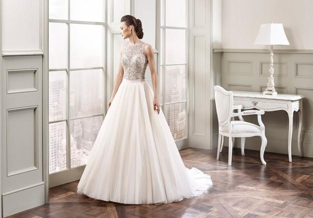 vestido-de-novia-con-falda-vaporoso-y-corpino-decorado